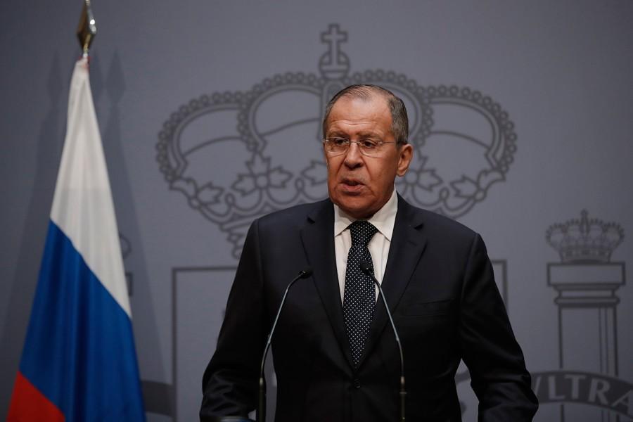 Lavrov'dan NATO'nun askeri eylemlerine 'karşılık veriririz' açıklaması