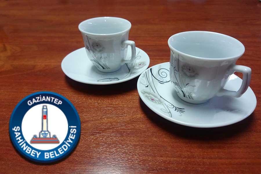AKP'li belediye 216 bin TL'ye kahve fincanı aldı