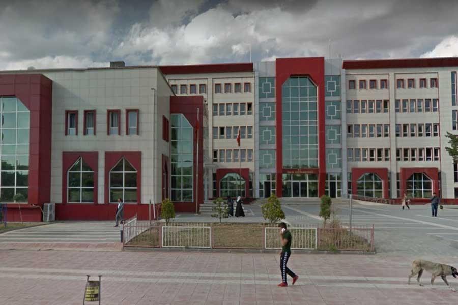 Erciş'te kayyımın belediyenin mal varlığını sattığı iddia edildi