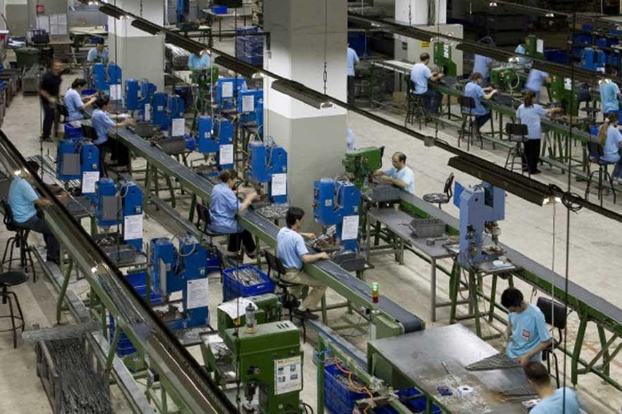 Sanayi üretimi eylül ayında daraldı