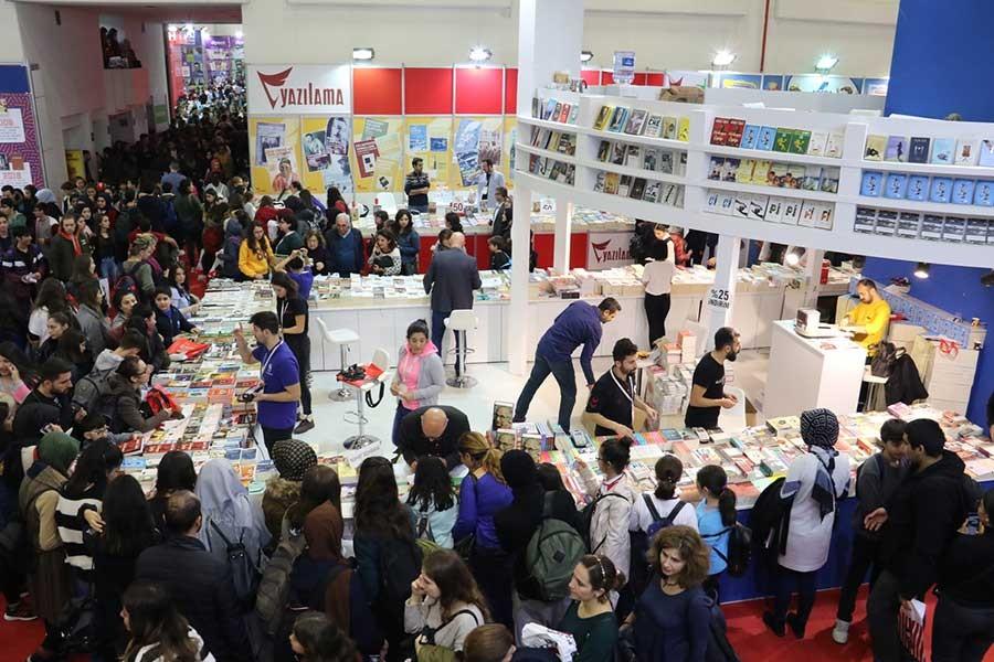 İstanbul Kitap Fuarı kapılarını açıyor