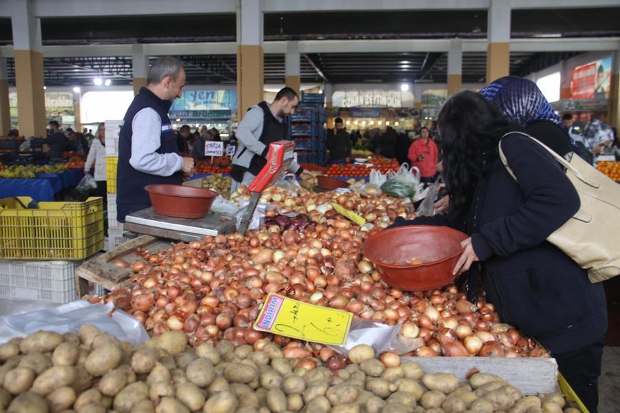 Soğanın fiyatına yüzde 100 zam