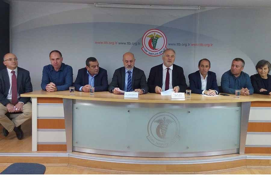 TTB: 'Sağlık Bakanlığı Anayasayı hiçe sayıyor'