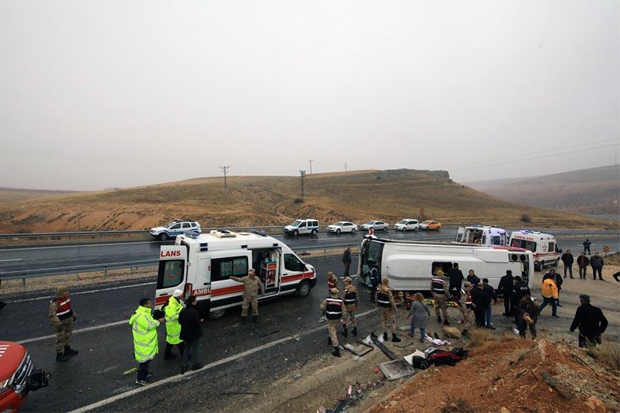 Darende'de midibüs devrildi: 7 ölü, 15 yaralı
