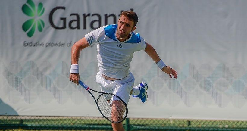 Marsel İlhan, Djokovic'e 2-0 yenildi