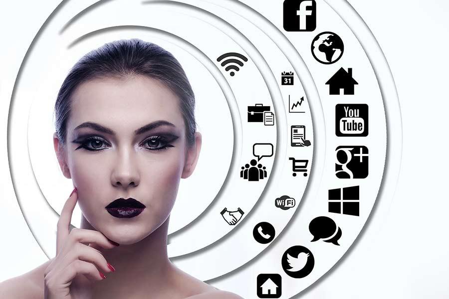 Kadınlar sosyal medyada ne yapıyor?