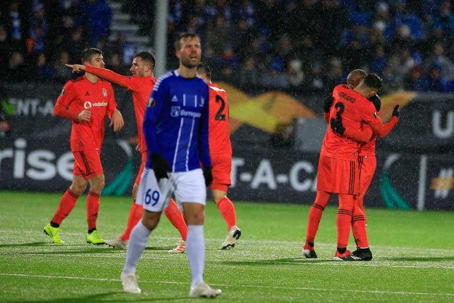 Beşiktaş, Sarpsborg karşısında 2-0 geriden gelip 2-3 kazandı