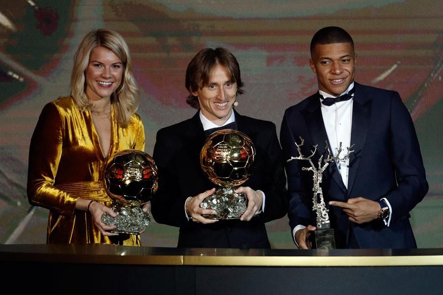 Ballon d'Or (Altın Top) ödülü, Modriç ve Hegerberg'e
