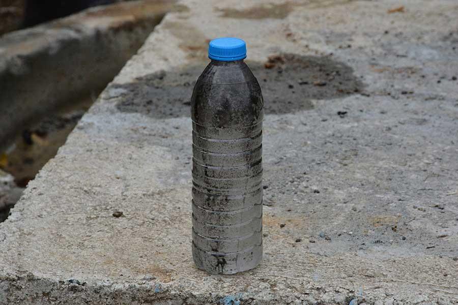 Köyün içme suyuna mazot ve motor yağı karıştırdılar