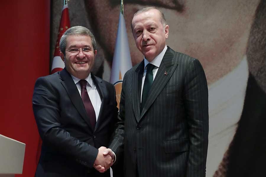 AKP'nin Van Büyükşehir Belediye Başkan adayı Necdet Takva kimdir?