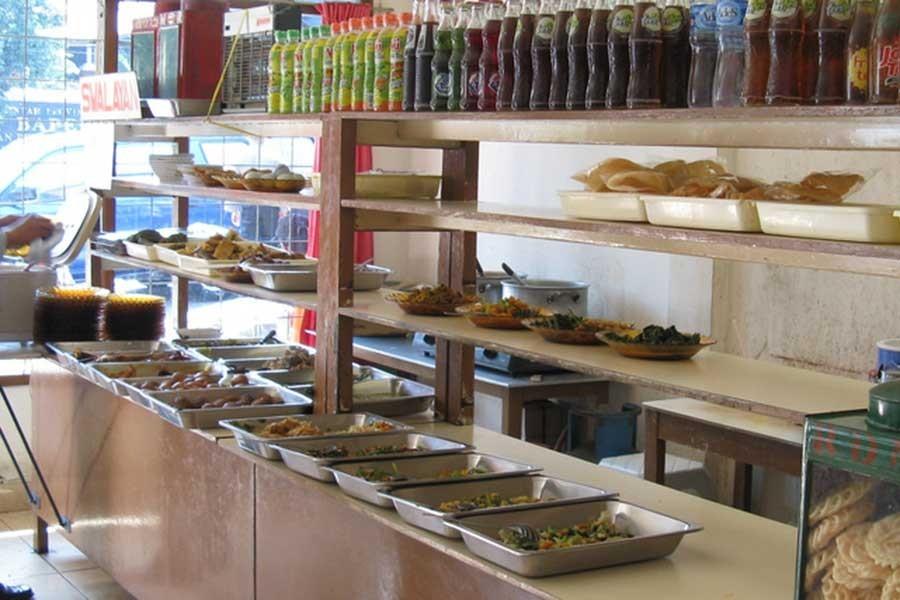 Üniversite öğrencilerinden yemekhane zamlarına tepki