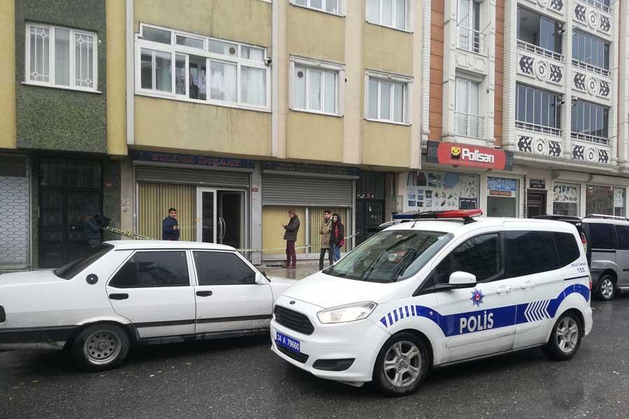 Sultangazi'de çifte saldırı: AKP Belediye Meclis Üyesi yaralandı