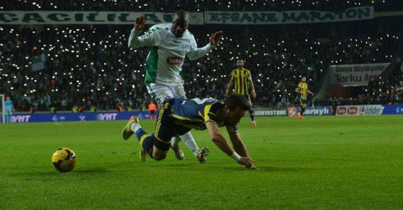 Aykut Kocaman'dan Fenerbahçe'ye çelme