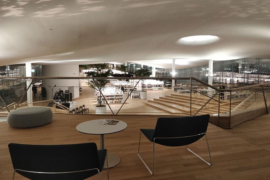 Finlandiya 98 milyon avroya mal olan kütüphanesini açtı
