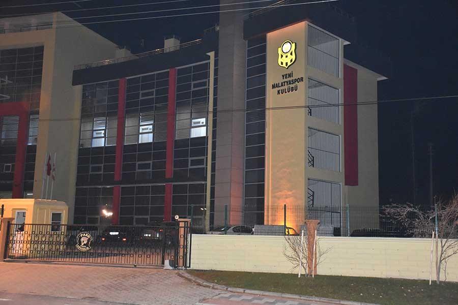 Yeni Malatyaspor'un kulüp binasına silahlı saldırı iddiası
