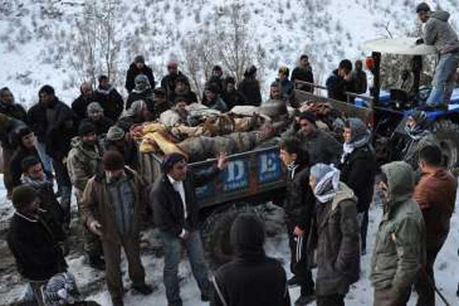Roboski Katliamı: Savaş uçakları köylüleri vurdu, 34 kişi öldü