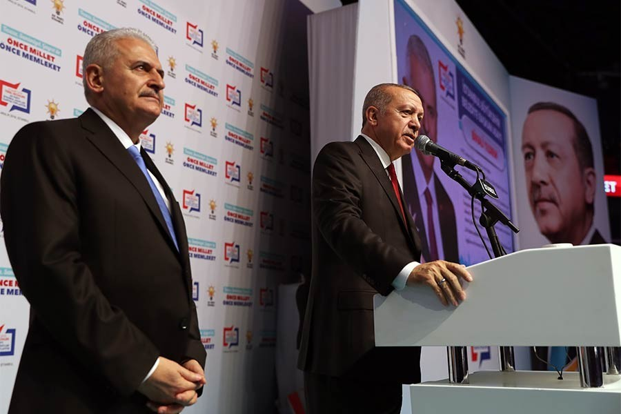 Gripped with fear, the AKP-MHP alliance is heedless of the mere Constitution!