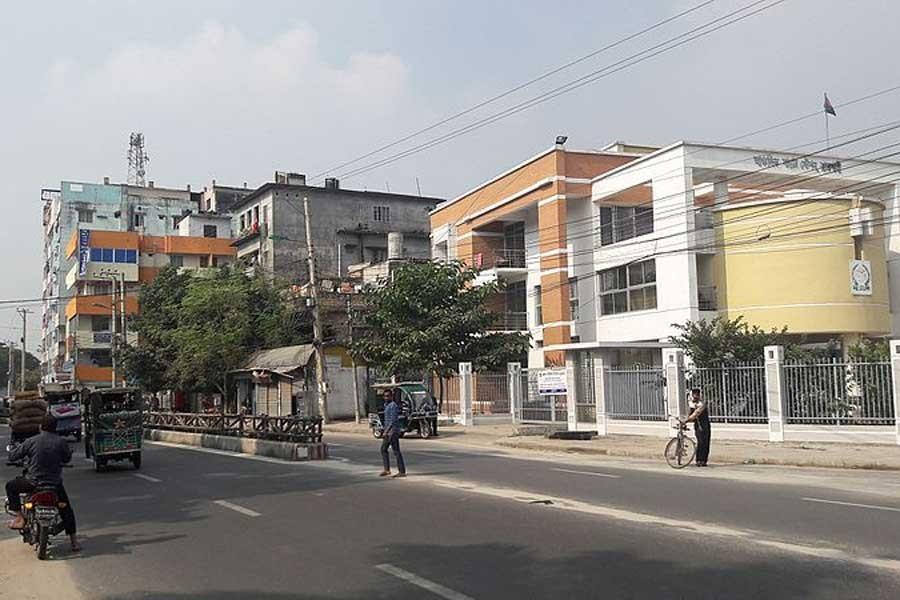 Bangladeş'te zehirli gaz soluyan 6 işçi öldü