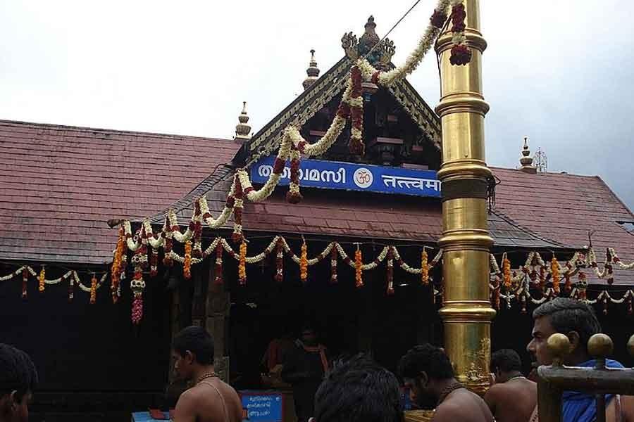 Hindistan'da 2 kadın Sabarimala Tapınağına girerek tarihe geçti