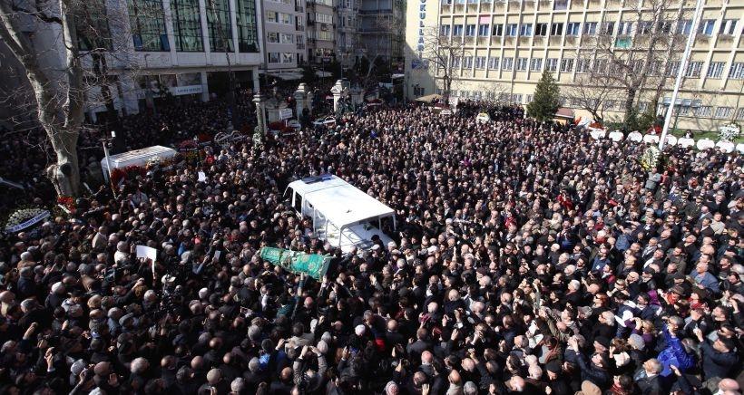 Yaşar Kemal, bu ülkenin  kalbine gömüldü