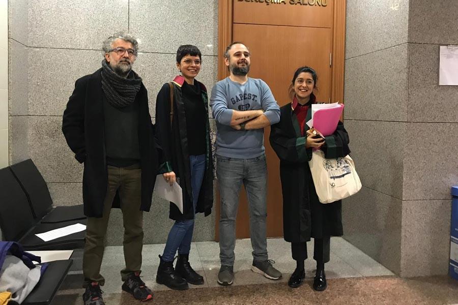 Yazar Mağden ve Gazeteci Öğreten'e 'Cumhurbaşkanına hakaret' cezası