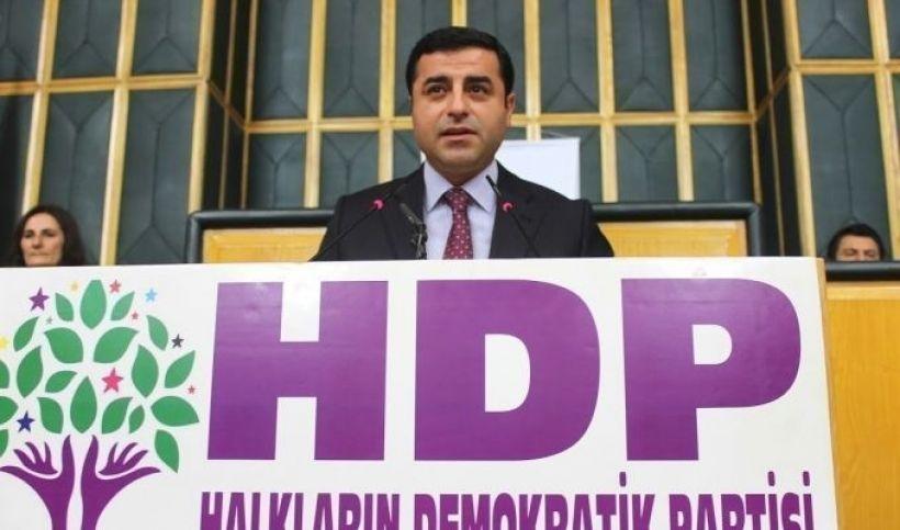 Demirtaş:  AKP barış hayali satmak istiyor