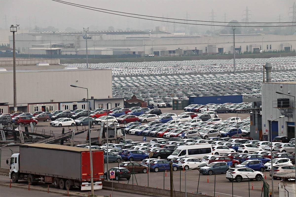 Hyundai ve yan sanayisi kısa çalışmaya başvurusu yaptı
