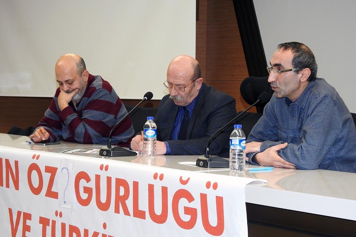 """""""Basın Özgürlüğü"""" panelinde Ocak ayında katledilen gazeteciler anıldı"""