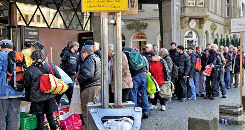 Almanya'da yoksulluk artmaya devam ediyor