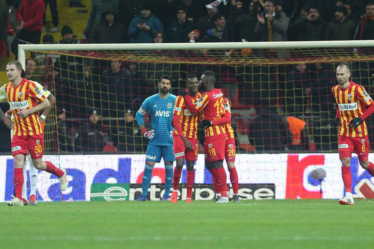Kayserispor, Fenerbahçe karşısında tek golle 3 puana uzandı: 1-0