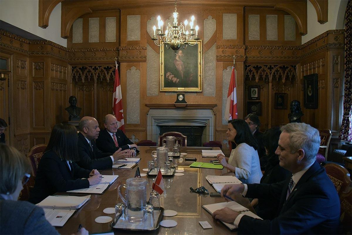 Kanada'da yolsuzluk tartışması krize dönüştü
