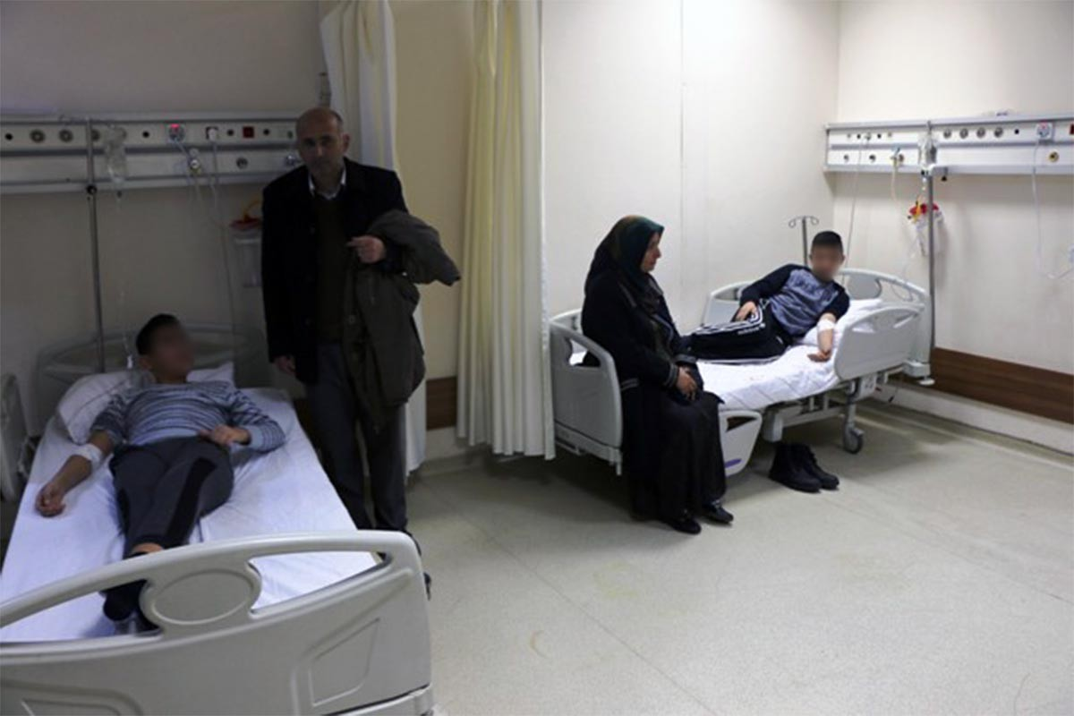 Adıyaman'da 'cıva' ile temas eden 35 öğrenci hastaneye kaldırıldı