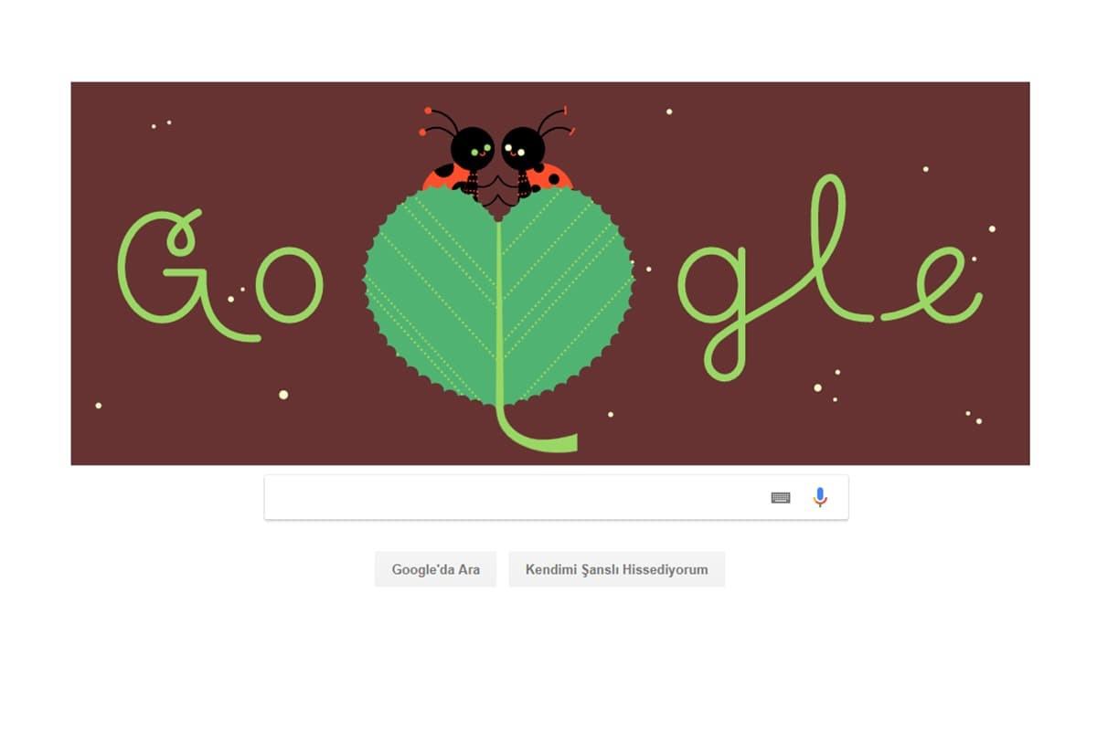 Google, Sevgililer Günü'ne özel 'börtü böcekli' doodle yayınladı