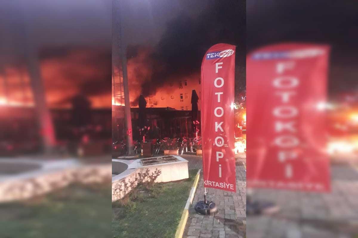 Marmara Üniversitesi Göztepe Kampüsünde kafe yangını