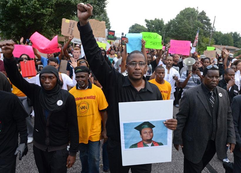 ABD Adalet bakanlığı Michael Brown'un katilini akladı