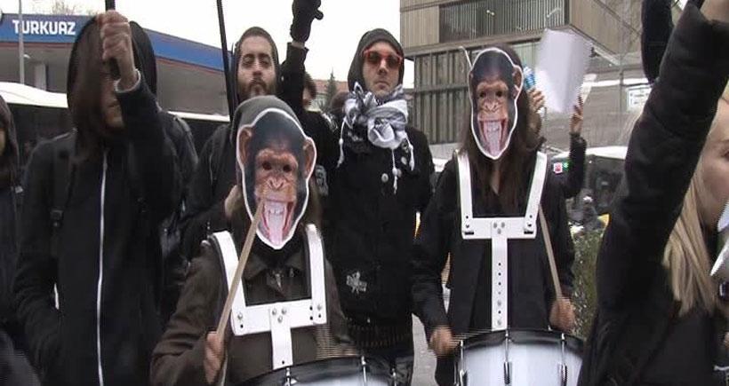 'Köpek Nüfusu Yönetimi' konferansı protesto edildi
