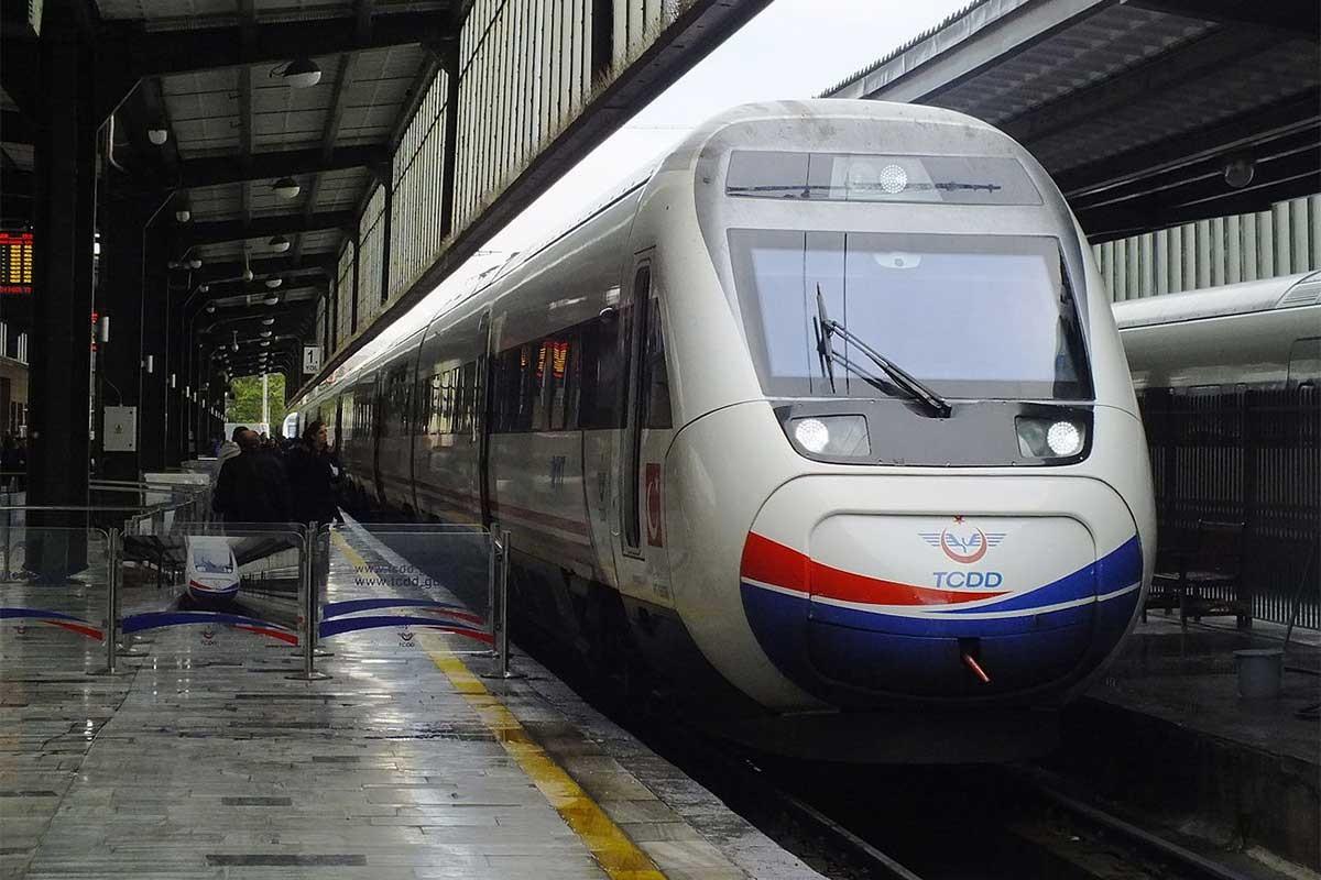 Hızlı trenin trafiği İBB'nin eski mezbaha görevlisine emanet