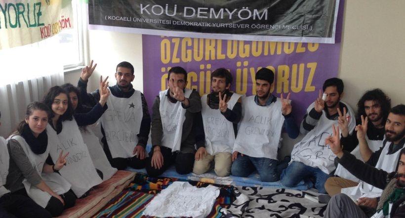 Açlık grevindeki öğrencilere destek
