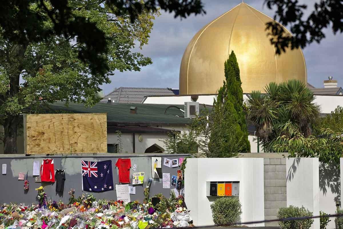 Yeni Zelanda katliamında yaşamını yitirenler için anma töreni yapıldı
