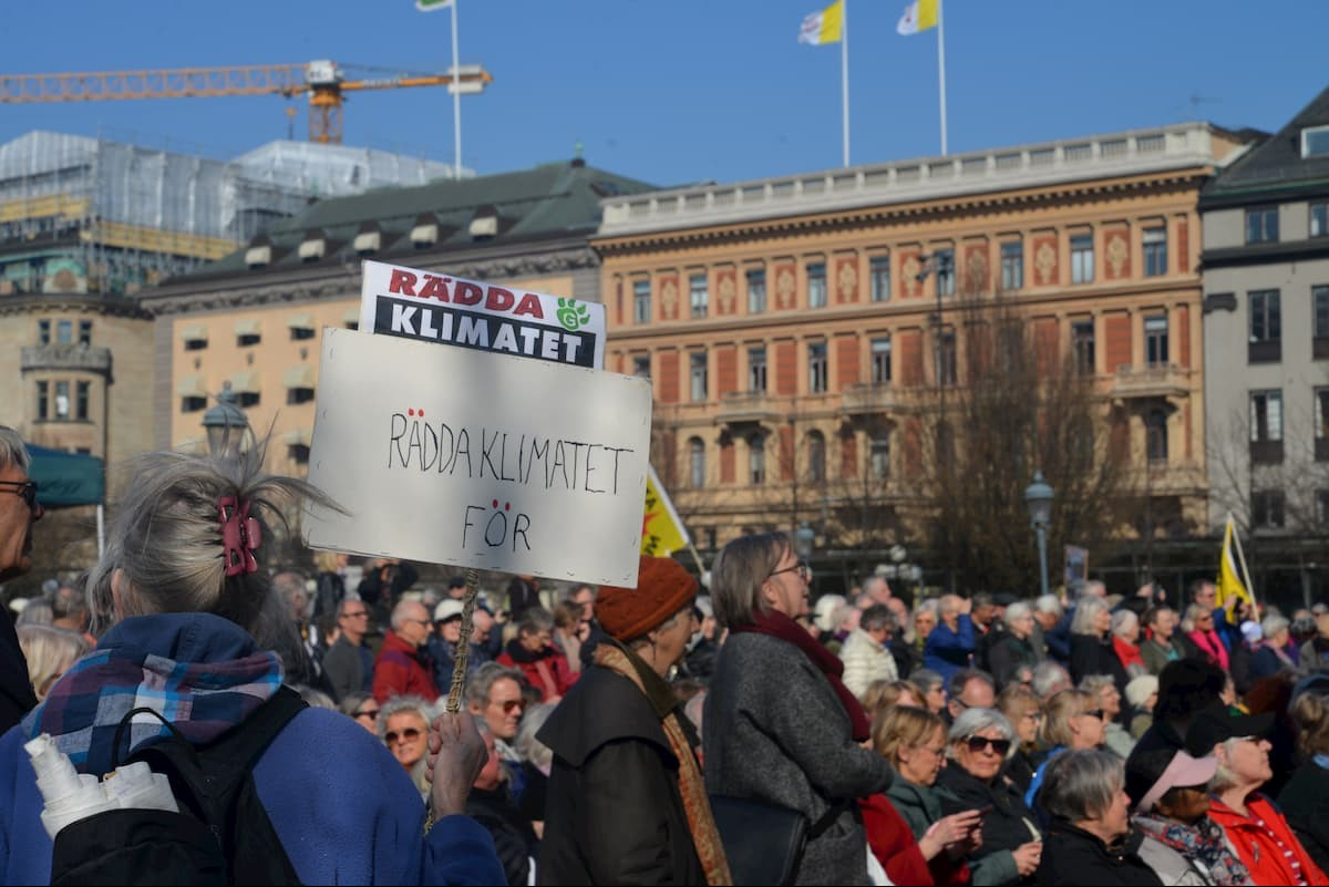 İsveç'te emeklilerden iklim politikalarına karşı eylem