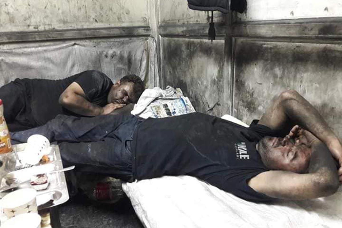 Kale Kayış işçileri ölmemek  için direniyor