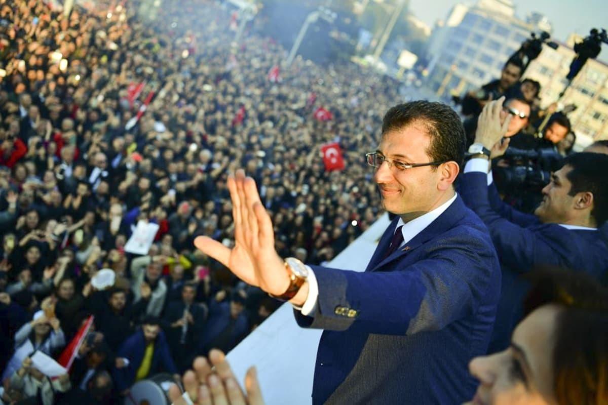 Ekrem İmamoğlu takes office as İstanbul Metropolitan Mayor | Evrensel Daily - Evrensel.net