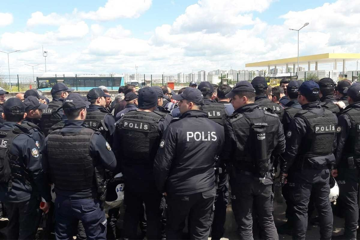 AYM, polis müdahalesinde yaralanan iki öğretmen için hak ihlali kararı verdi