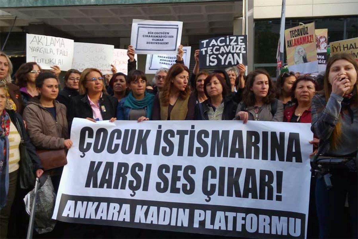 Burdur'da çocuğa cinsel istismar iddiası üzerine 4 kişi tutuklandı