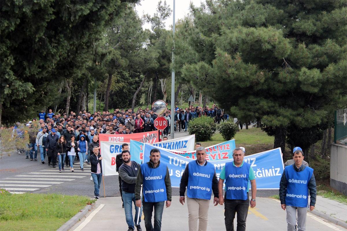 TÜPRAŞ işçileri: Biz her zaman mücadeleye hazırız