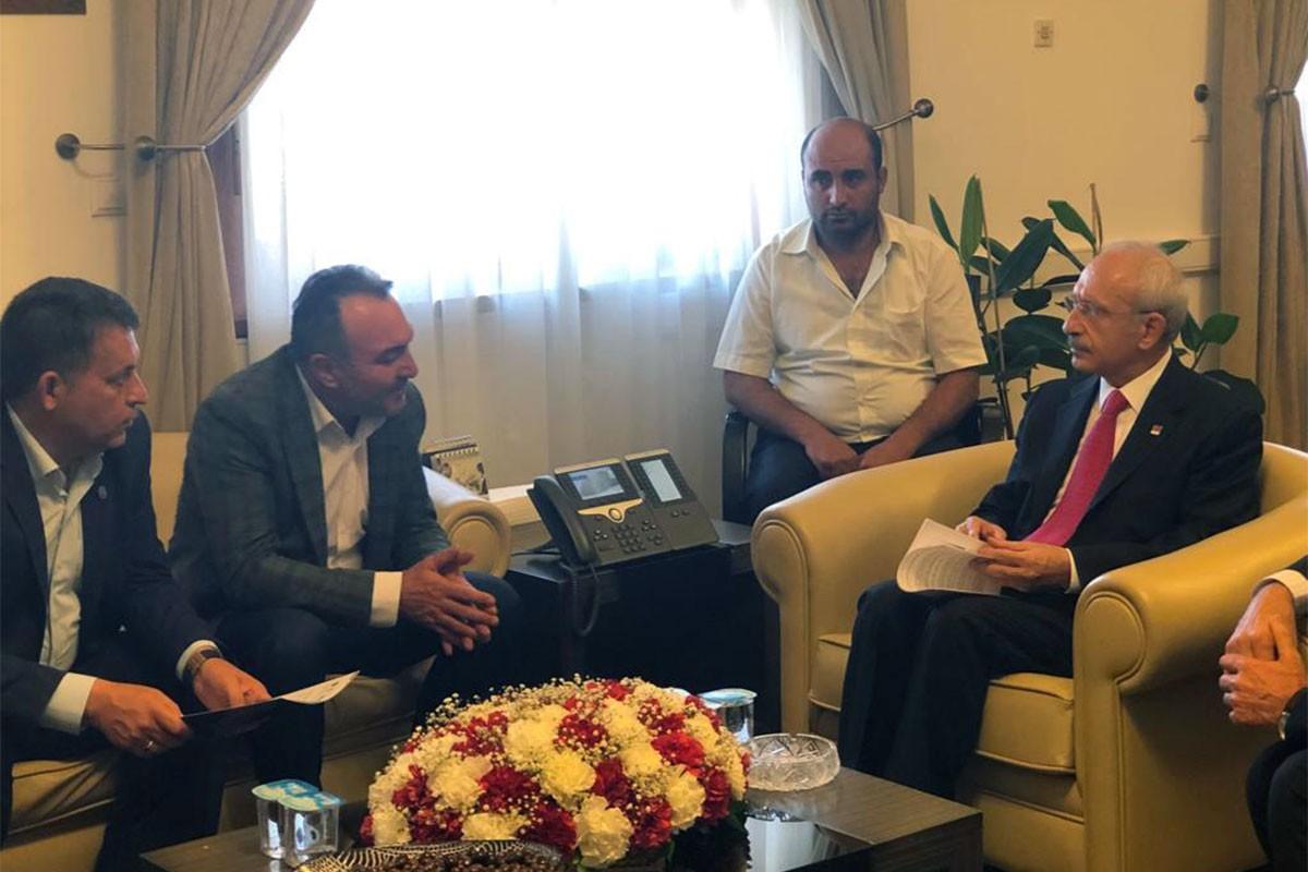Kale Kayış işçileri Kemal Kılıçdaroğlu ile görüştü