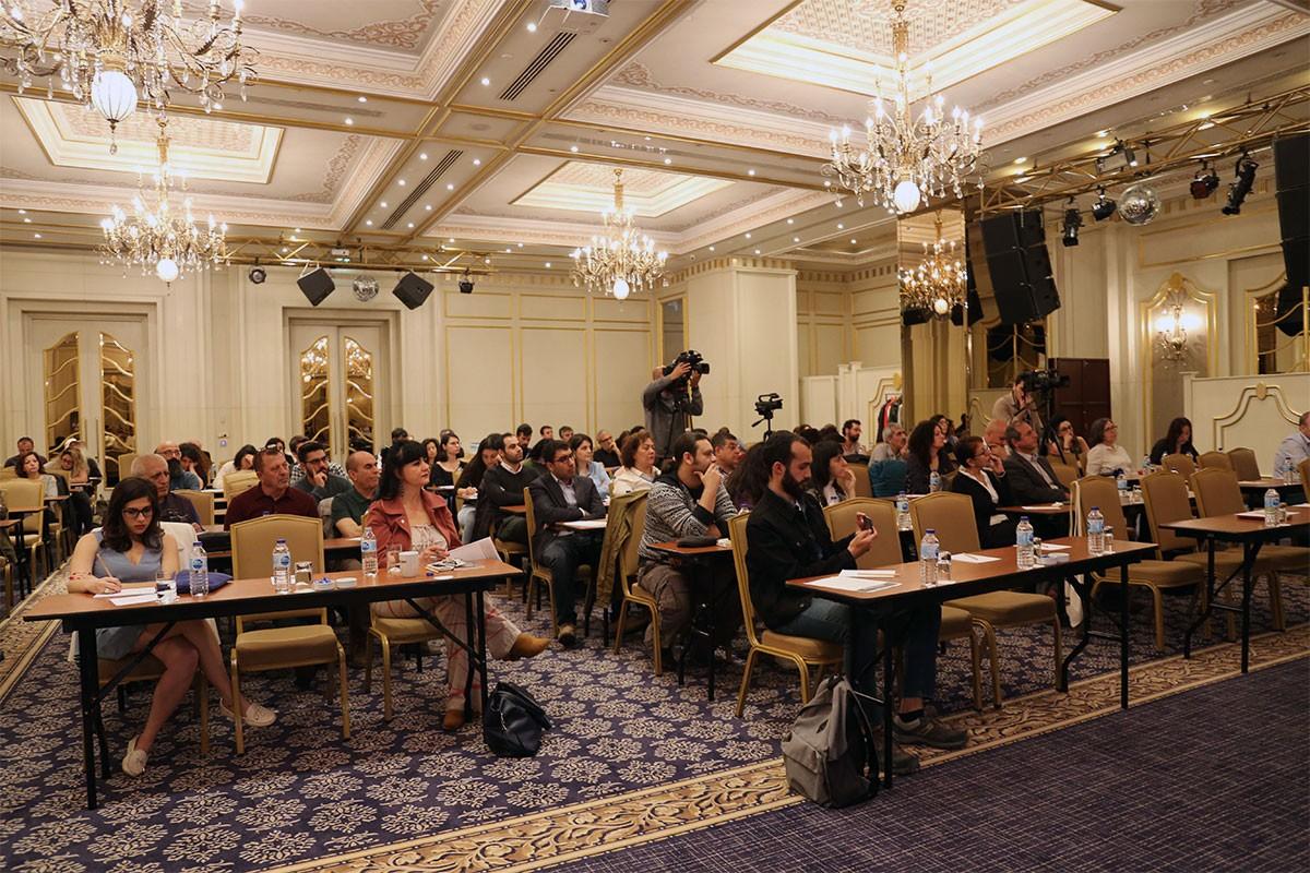 İHD'den konferans: Türkiye'de ırkçılık yaşayanlar anlatıyor