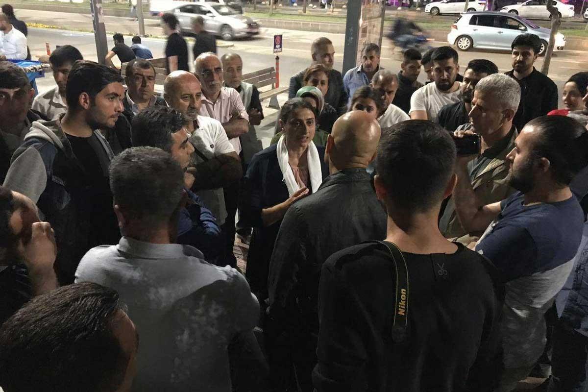 İstanbul ve Batman'da tutuklu ailelerine müdahale: 26 kişi gözaltında