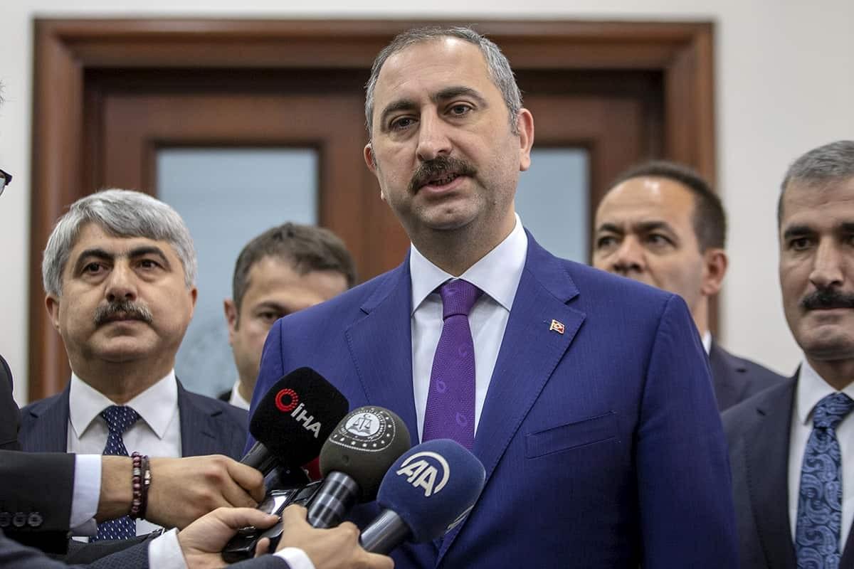 Adalet Bakanı Gül'den Öcalan açıklaması: Çözüm süreciyle ilgisi yok