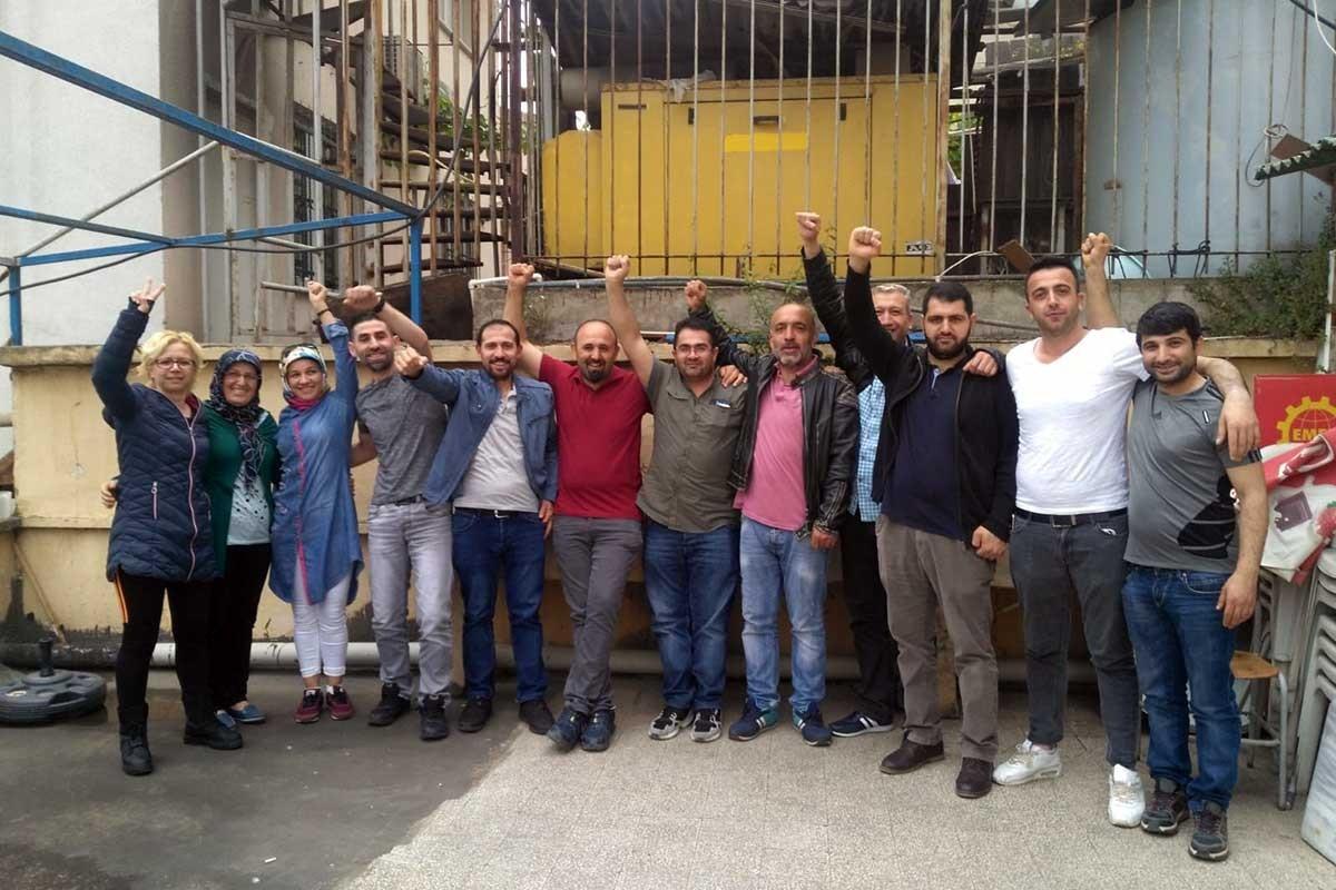 Delplast işçileri: Birlik olduk korkmuyoruz